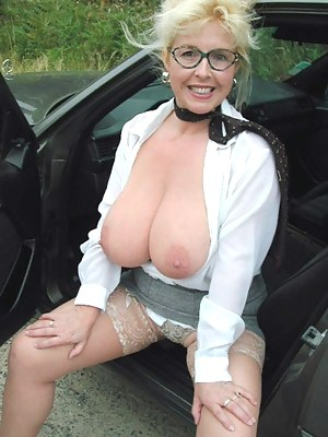 Big Boobs Car Porn Pictures